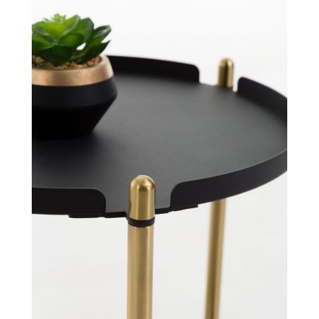 MAI príručný stolík