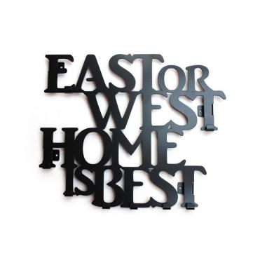 EAST OR WEST vešiak
